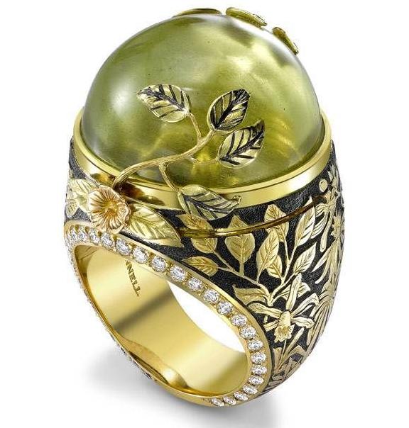 Резное кольцо с бериллом