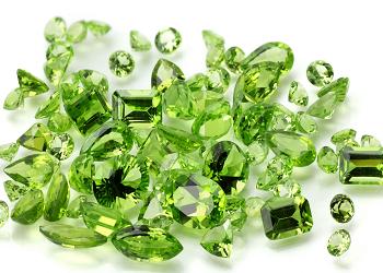 Перидот светло-зеленый