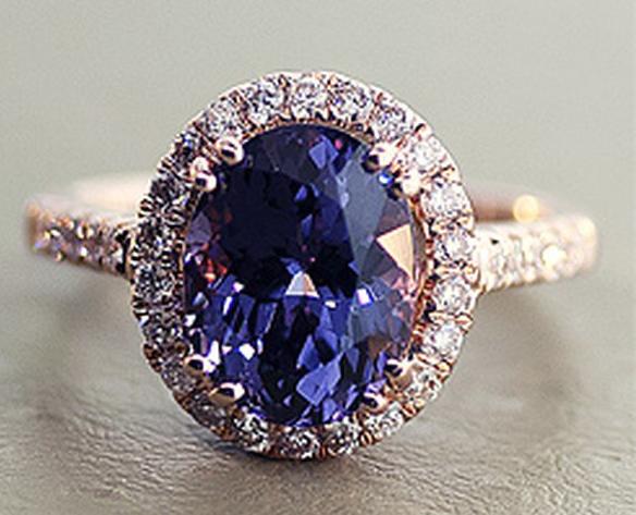Синяя шпинель кольцо
