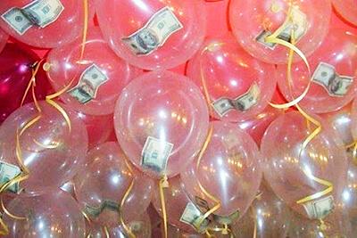 Воздушные шарики с деньгами