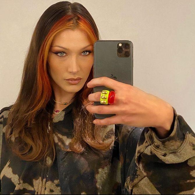 Пластиковые кольца — модный тренд в игрушечном стиле 9