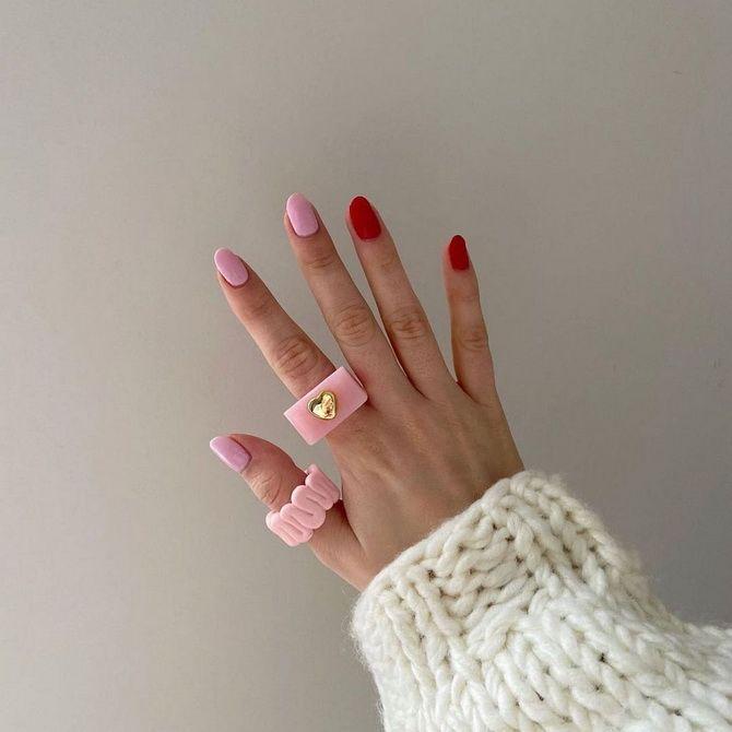 Пластиковые кольца — модный тренд в игрушечном стиле 10