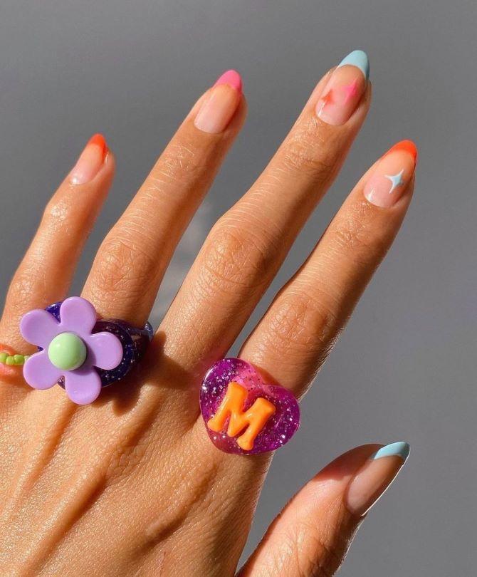 Пластиковые кольца — модный тренд в игрушечном стиле 21