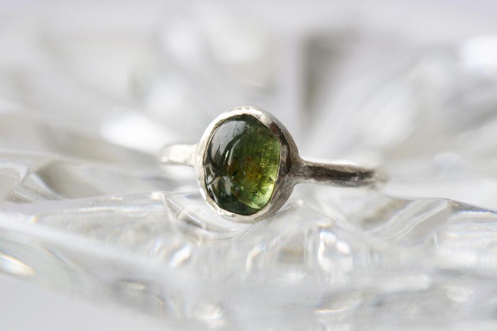 Перстень с турмалином