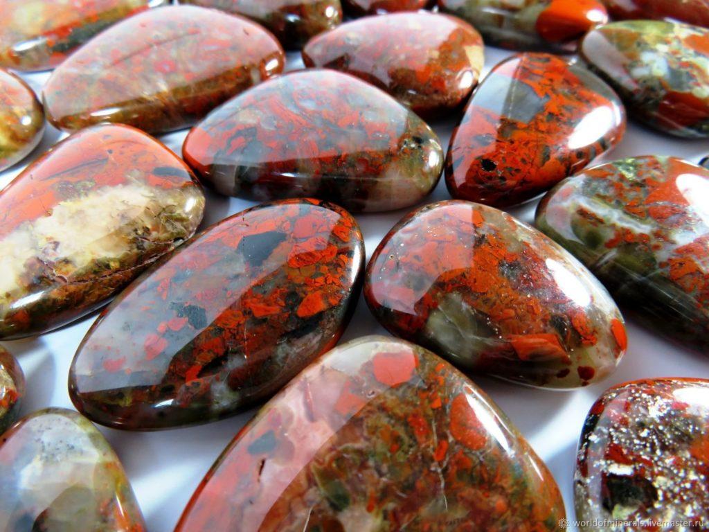 Камни Яшма
